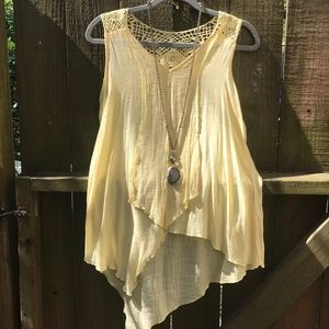 Yellow tank with lace detail